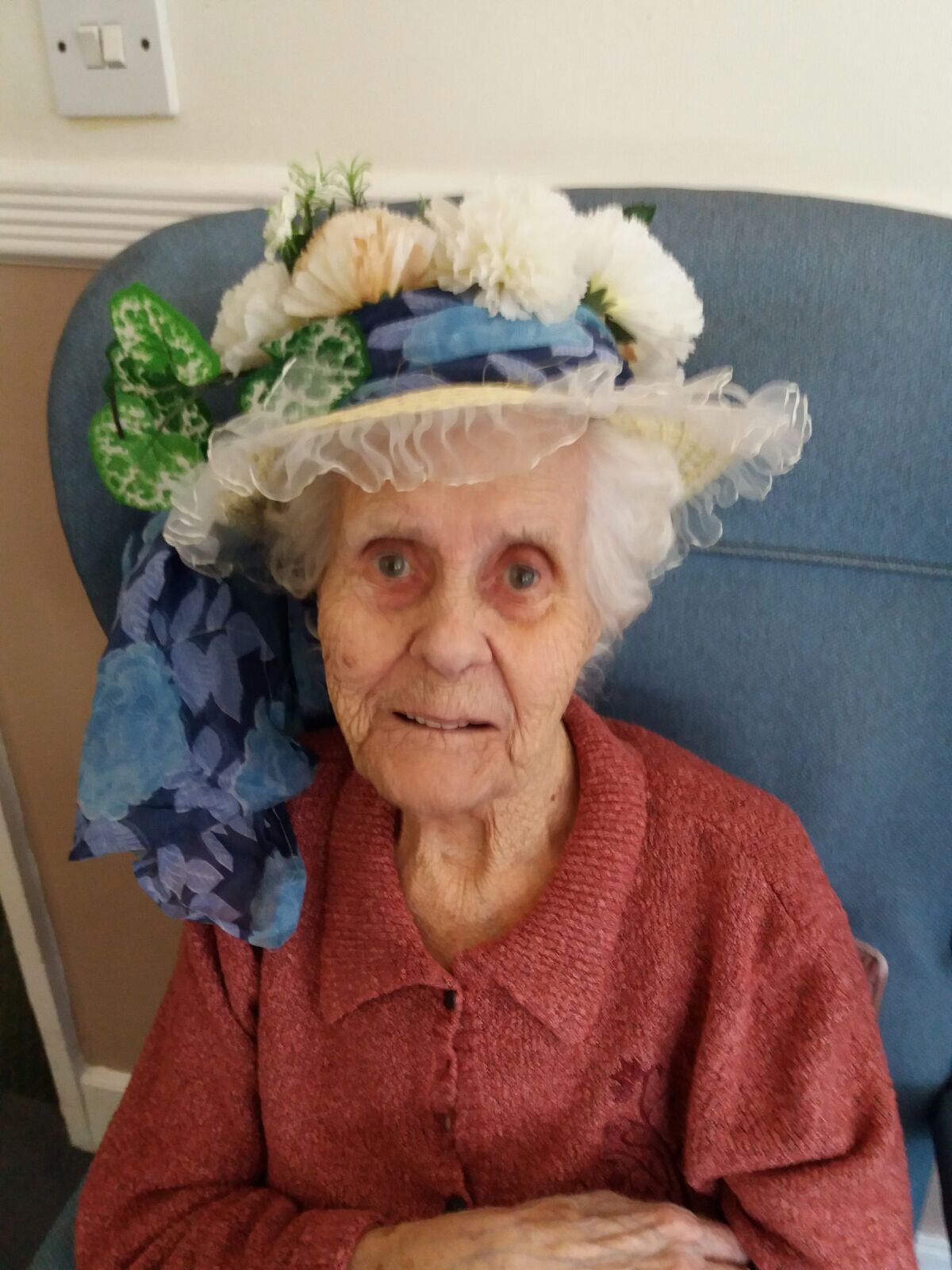 Easter Bonnet 2017: Key Healthcare is dedicated to caring for elderly residents in safe. We have multiple dementia care homes including our care home middlesbrough, our care home St. Helen and care home saltburn. We excel in monitoring and improving care levels.