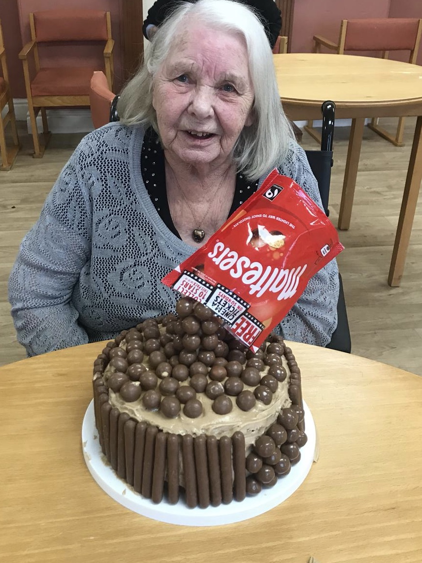 Victoria House Care Centre Anti-Gravity cake baking ...: Key Healthcare is dedicated to caring for elderly residents in safe. We have multiple dementia care homes including our care home middlesbrough, our care home St. Helen and care home saltburn. We excel in monitoring and improving care levels.